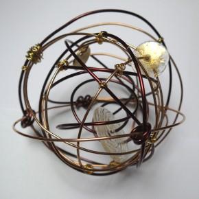 """Adrienne Jalbert, """"Sculptures habitées par la Haute Couture"""", Hôtel Galerie Le Marceau Bastille, du 31/01 au 31/05/14"""