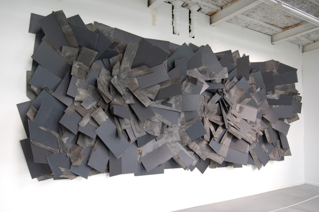 Alan-Goulbourne-Slate-Relief-Reclaimed-natural-welsh-slate-mixed-with-found-composite-slate-735-x-305-x-61-cm-2010