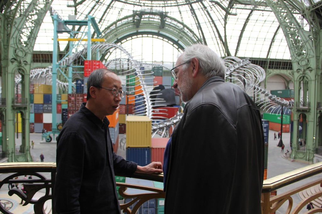 Huang Yong Ping et Philippe Piguet, Monumenta, Grand palais, Photo Valentine Lobo.